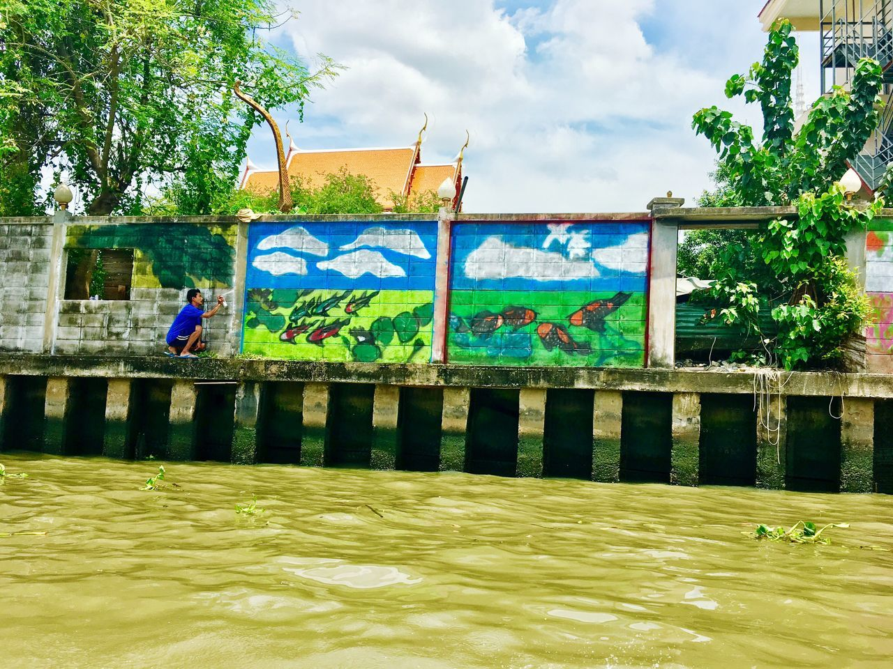 Riverside Graffiti. Graffiti Graffiti Art Graffiti Wall Travelphotogrqphy Riverbank Chaophraya River River Mobilephotography Bangkok Thailand BKK2016 Travelphotography Thailandtravel Thailand2016 Streetphotography Art Creativity Art And Craft Water