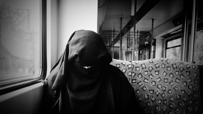 Berlin Burka  Lifestyles Real People Religion Religious  S-bahn Women