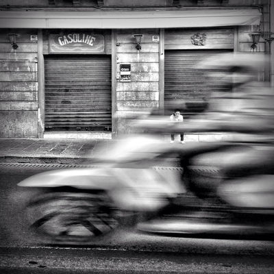 streetphoto_bw in Catania by gipomontesanto