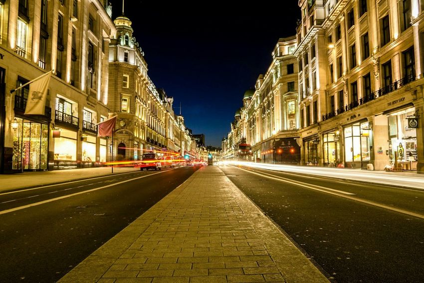 Cities At Night Eyeem Awards 2016 Cities At Night LONDON❤ Nightphotography London_only Light Trails London Lifestyle
