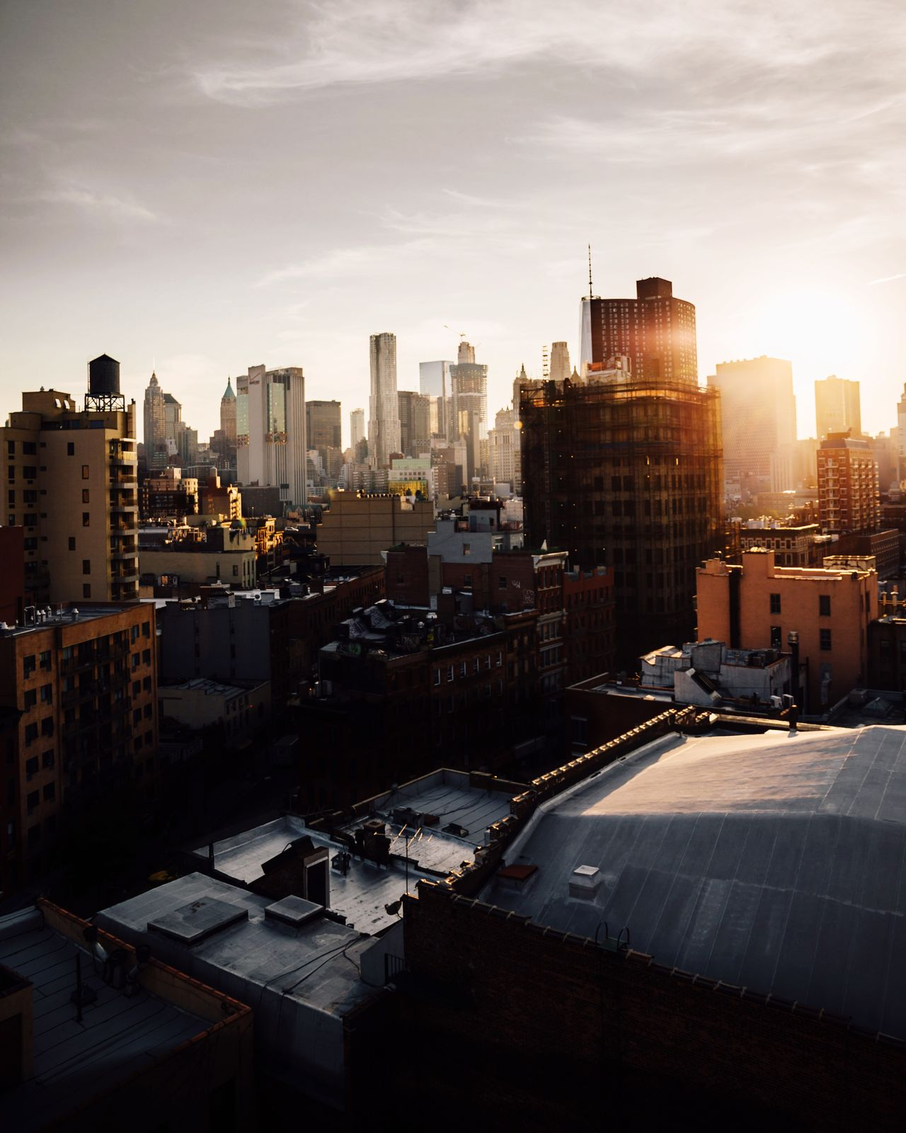 High up where the noise of the city is faded so beautifully | Architecture A Bird's Eye View NYC EyeEm Best Shots Fine Art Photography Landscape_Collection Architecture_collection Rooftop Sunset_collection
