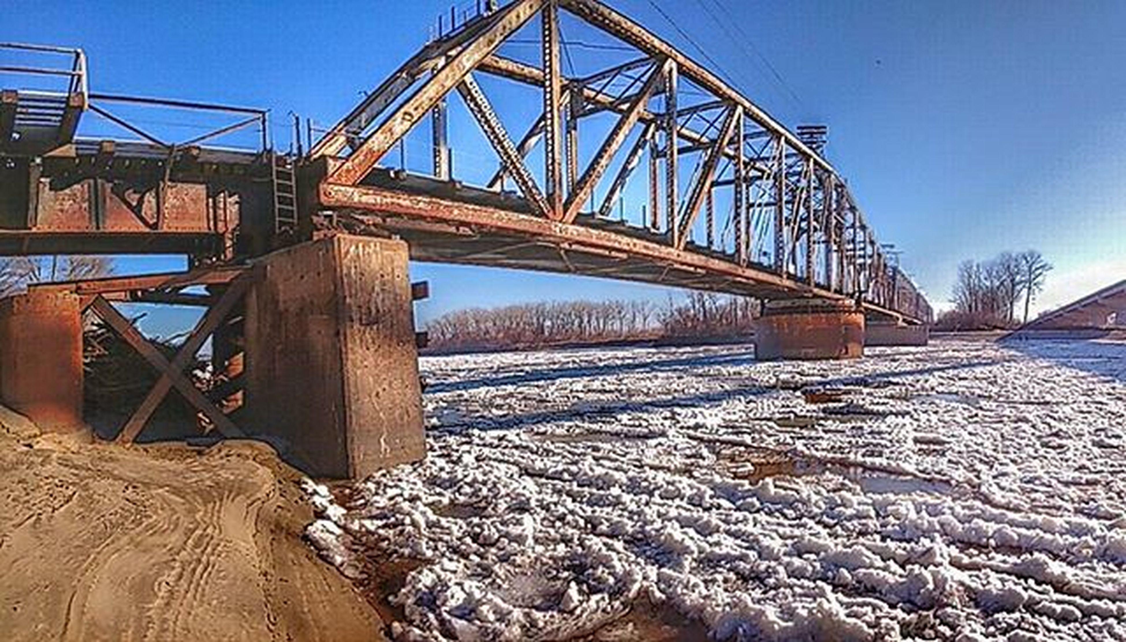 Train bridge and icy river.......Ks_pride Winter Icyriver