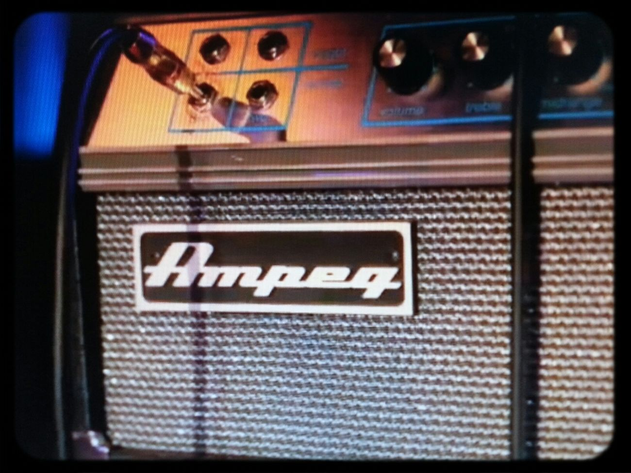 Ampeg Bass Amplifier Bass Guitar
