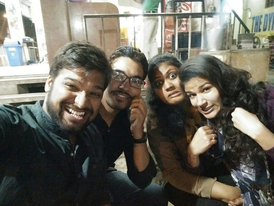 Pagalpanti Bffs ❤ Relaxing Enjoying Life Hanging Out Masti Taking Photos Selfie ✌ Hello World In Search Of Incredible