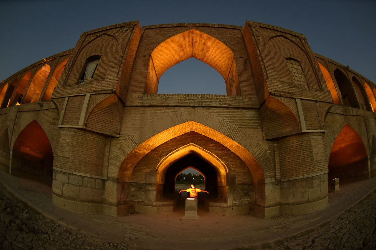 the historical stone bridge of 33 arches in isfahan, iran, september 15, 2016 Abbasi Arch Arches Architecture Architecture Bridge Built Structure Esfahan Historical Iran Safavid Seljuk Stone Bridge Structure Sun Sunlight Sunrise Sunset EyeEmNewHere