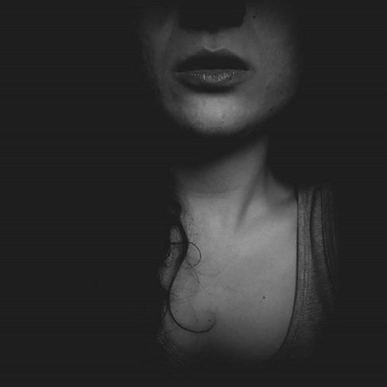 ~ Me Myself Blackandwhite Bw Baw Black White Picoftheday Beautiful Filter Lips Nevi Nei Imperfezioni Curlyhair No Eyes Estate2015 Estate Summer 2K15 Soymix