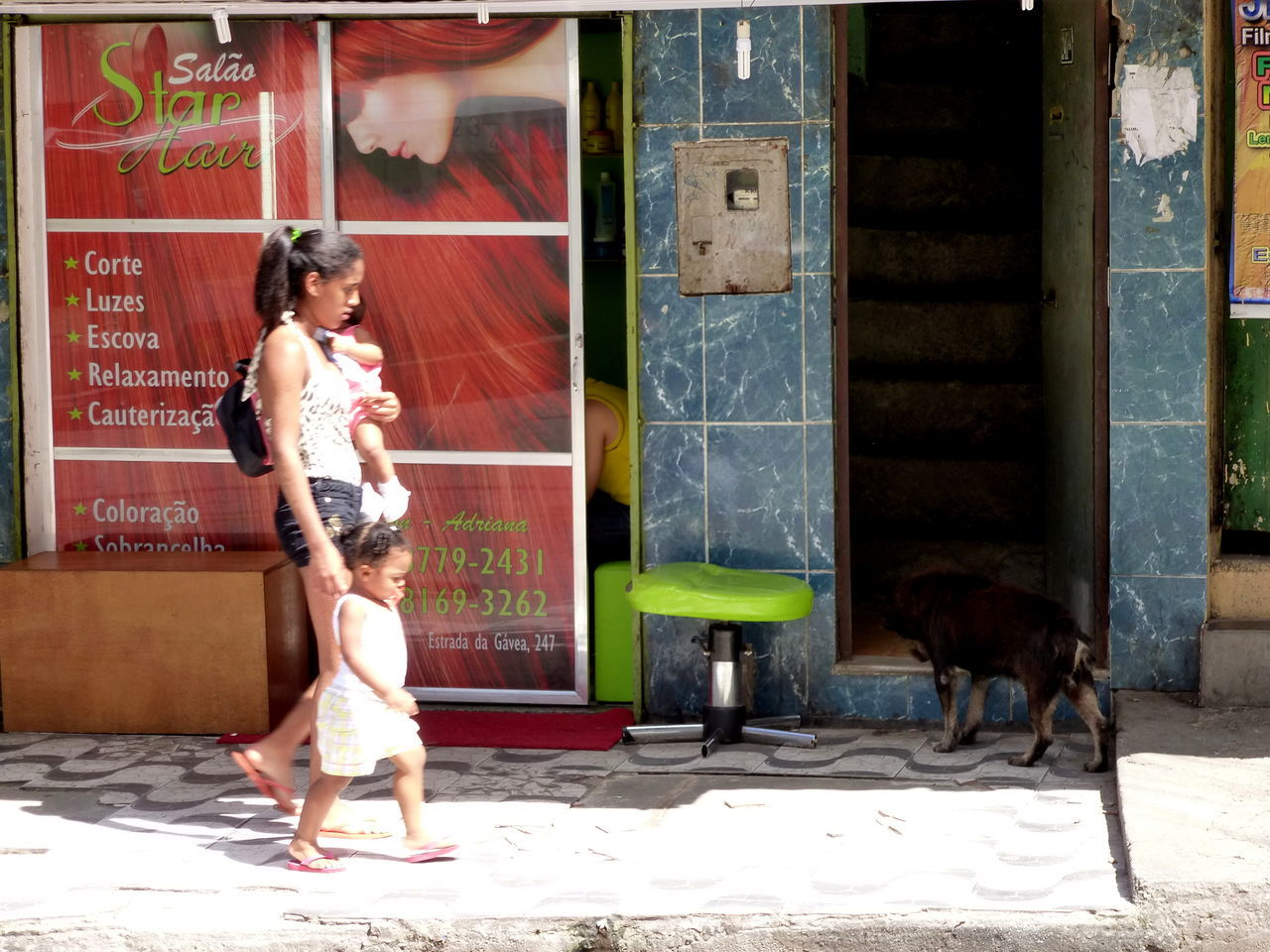Beauty Salon Children Photography Favela Rocinha Life Is A Beach Travel Photography Women Who Inspire You Working Woman Young Mother