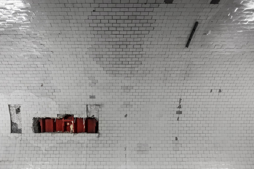 Scars of Old Elbe tunnel (2) in Hamburg, Germany. Alter Elbtunnel Architecture Architecture Blood Built Structure Elbtunnel Fujifilm Fujinon Germany Hafen Hamburg Harbour Landungsbrücken  No People Scar Scars St. Pauli Textures Tiles Tunnel Underground Wall White Wide Angle X-T10