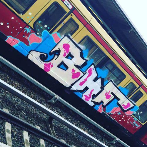 Grafitti an S-Bahn in Berlin / Teltow Berlin Colorful Graffiti Graffitiporn Graffitti Grafitti Art. Grafitto Multi Colored No People Outdoors Public Transport Public Transportation Railroad Station Platform Railroad Track Sbahn Teltow Train Trains