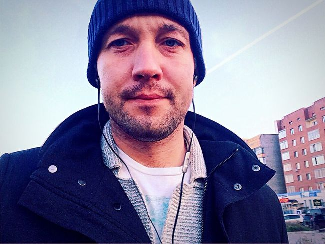 Just sealfi😜 Jacket One Person Real People Day City Street Autumn 🍁 🍂 🍁 🍂 🍃 Krasnoyarsk
