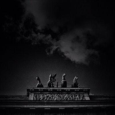 The Brandenburg Gate Quadriga Berlin | #BrandenburgGate #Quadriga #Berlin #lobo_city #lobo_bw #streetphotography #iphone #iphoneography #iphoneographer #igers #iphoneology #jj #city #instagram #instgramers #photooftheday #bestoftheday #picoftheday #photo Photography Iphoneology Bw Lobo_bw Photooftheday Lobo_city Instagram Photoparade Picoftheday Instgramers Quadriga Iggermany Instamood Bestoftheday Streetphotography Igers Berlin Instago IPhone Jj  City Statigram IPhoneography Instadaily IPhoneographer Pictureoftheday Blackandwhite Igersberlin Germany Brandenburggate