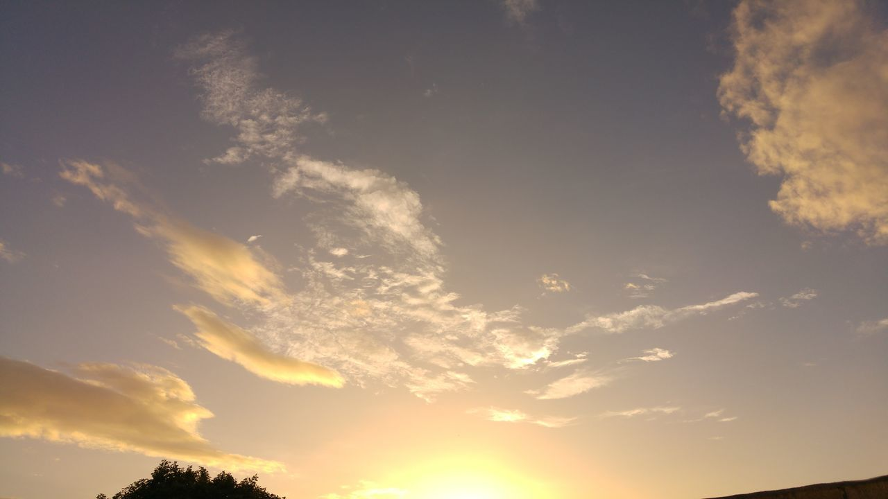 nature, beauty in nature, sunset, sky, cloud - sky, scenics, low angle view, tranquility, tranquil scene, no people, outdoors, day
