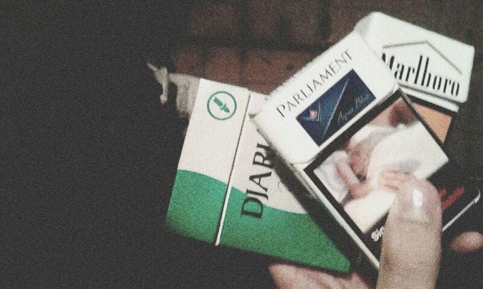 djarum, marlboro, parliament ?✌ Djarum Marlboro Parliament Cigarette  Smoke Nasty DOPE Cool Swag