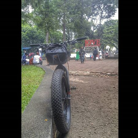 Park Love Bike Bicycle Fatbike United Grind Eibag Fatbikeworld Val  2016 LG  G4 LGG4 😚 ❤ Bandung Bandungjuara