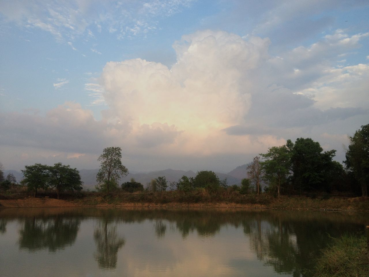Sky And Clouds Lake Mountains Nature Calm Relaxing Cloud Beauty Pai Thailand Northern Thailand South East Asia