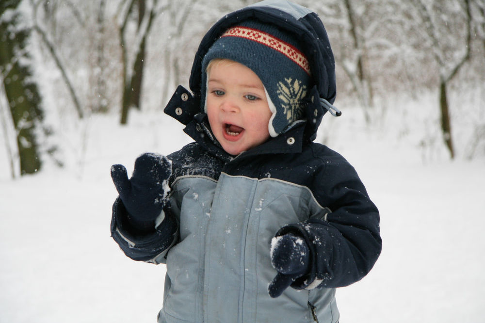 Small boy playing in snow in Berlin Baby Beautiful Boy In Sea Boy In Snow Bro Cat Childhood Cold Europe First Eyeem Photo Happy Nature Outdoors Playing S Snow, Ice, Tree, Winter, Freezing Snowman Son White White Chil Winter Winter Games Winter In The City Winter Sport Winter Wonderland