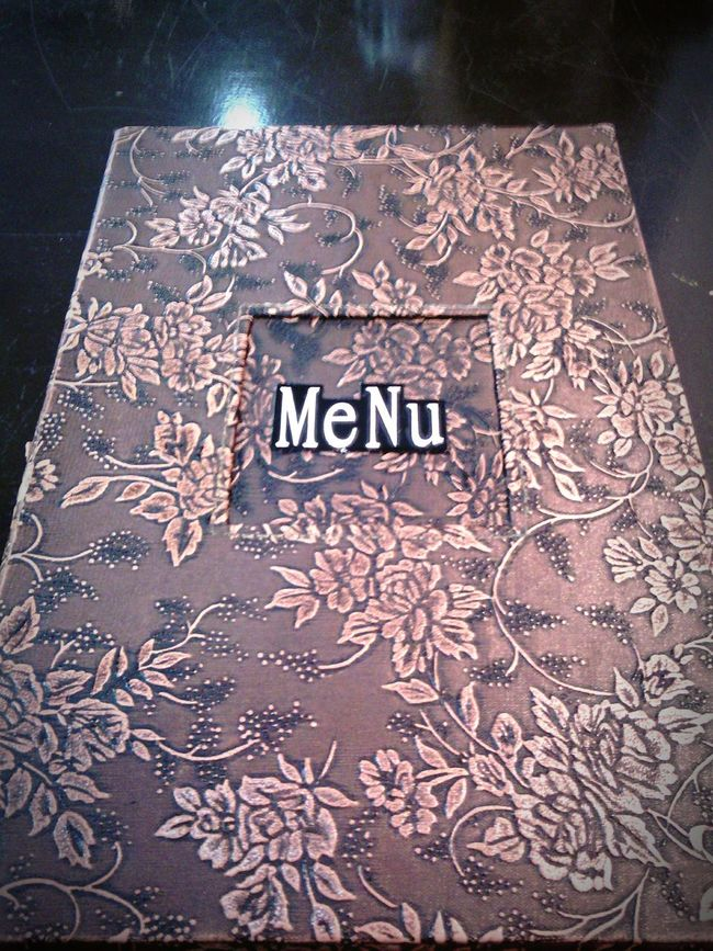 Foodphotography Restaurant Decor Food .. MeNu a Woodpecker' kouba