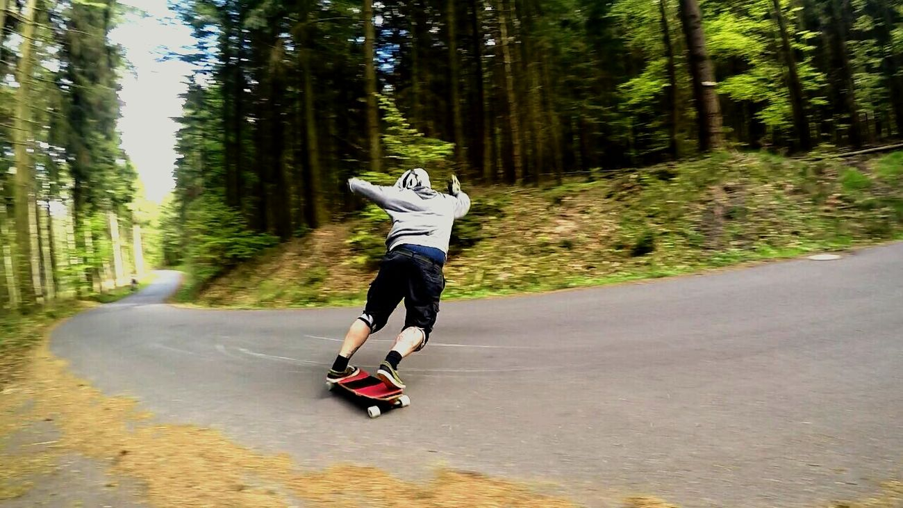 That's Me Selfportrait Sliden Stand Up Longboarding Odenwald  Shredding Longboard <3