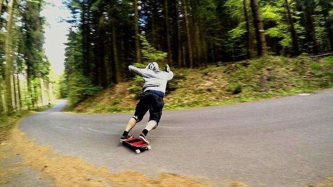 That's Me Selfportrait Sliden Stand Up Longboarding Odenwald  Shredding Longboard <3