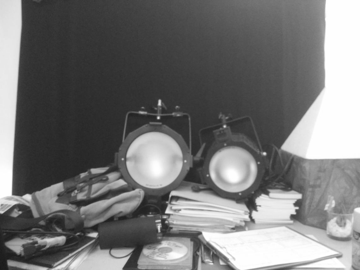 The OO Mission Studio Shoot Studio Lights Photography Workplace Lighthing Camera Flash Bulbs Bulb Light Lamps