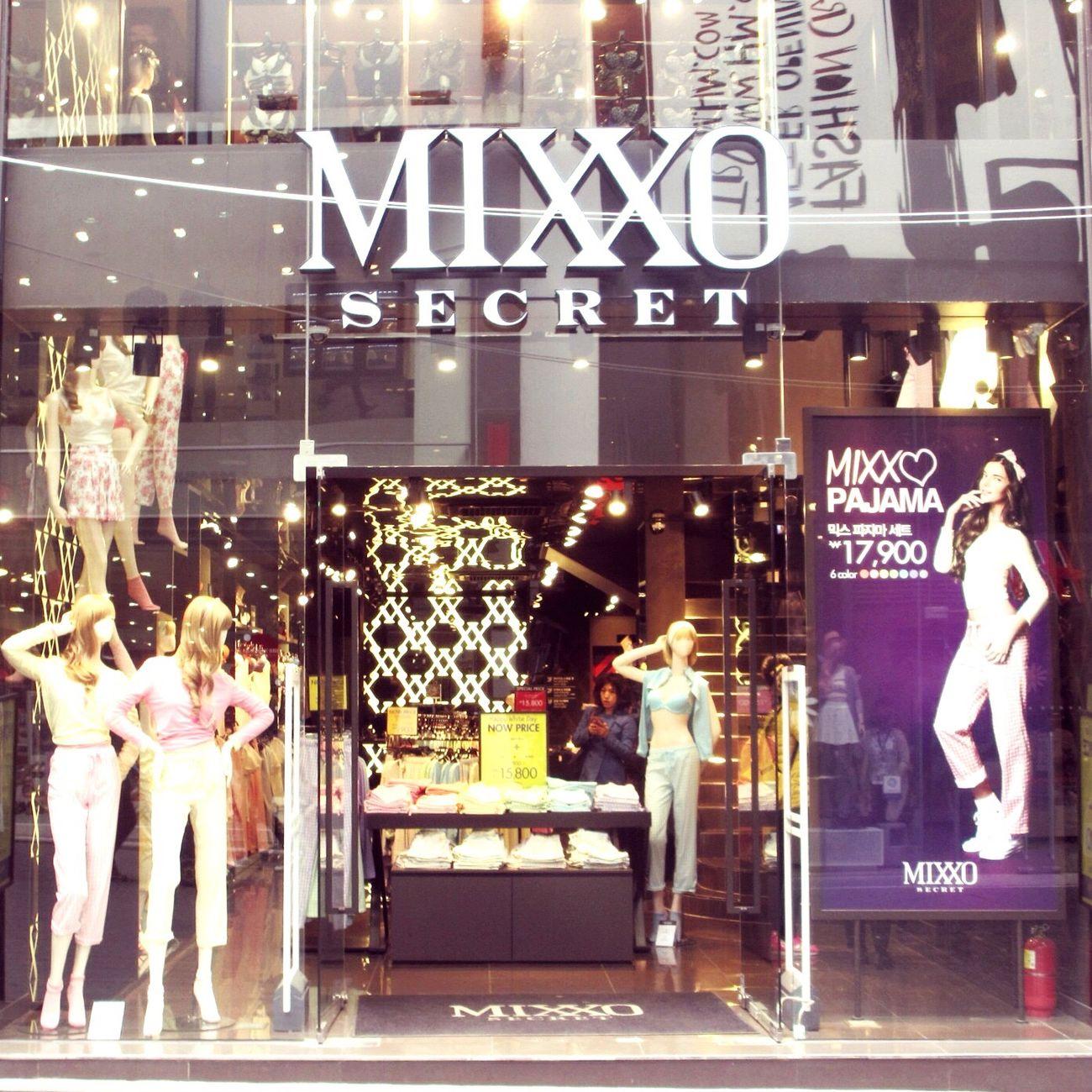 Traveling Myongdong Korea Seoul MIXXO