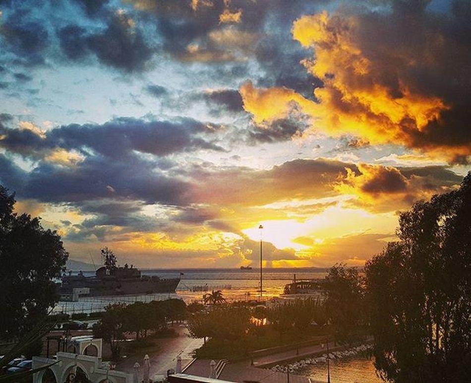So wonderful 💛 Sunset Ship Instapatra