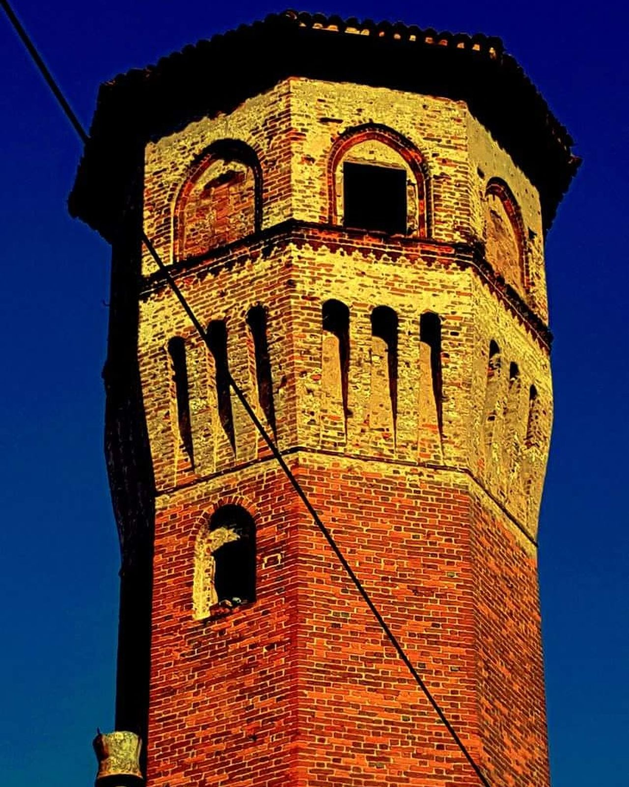 Vercelli Piemonte Piemonte_super_pics Piemonteturismo Piemonte_city Piemonte_best_pics Piemonte👍🏻 Piemontese Piemontexperience Piemonte_bestsunset History No People Sky Travel Destinations Outdoors Day Clear Sky Close-up Clock Clock Face Torre Tower