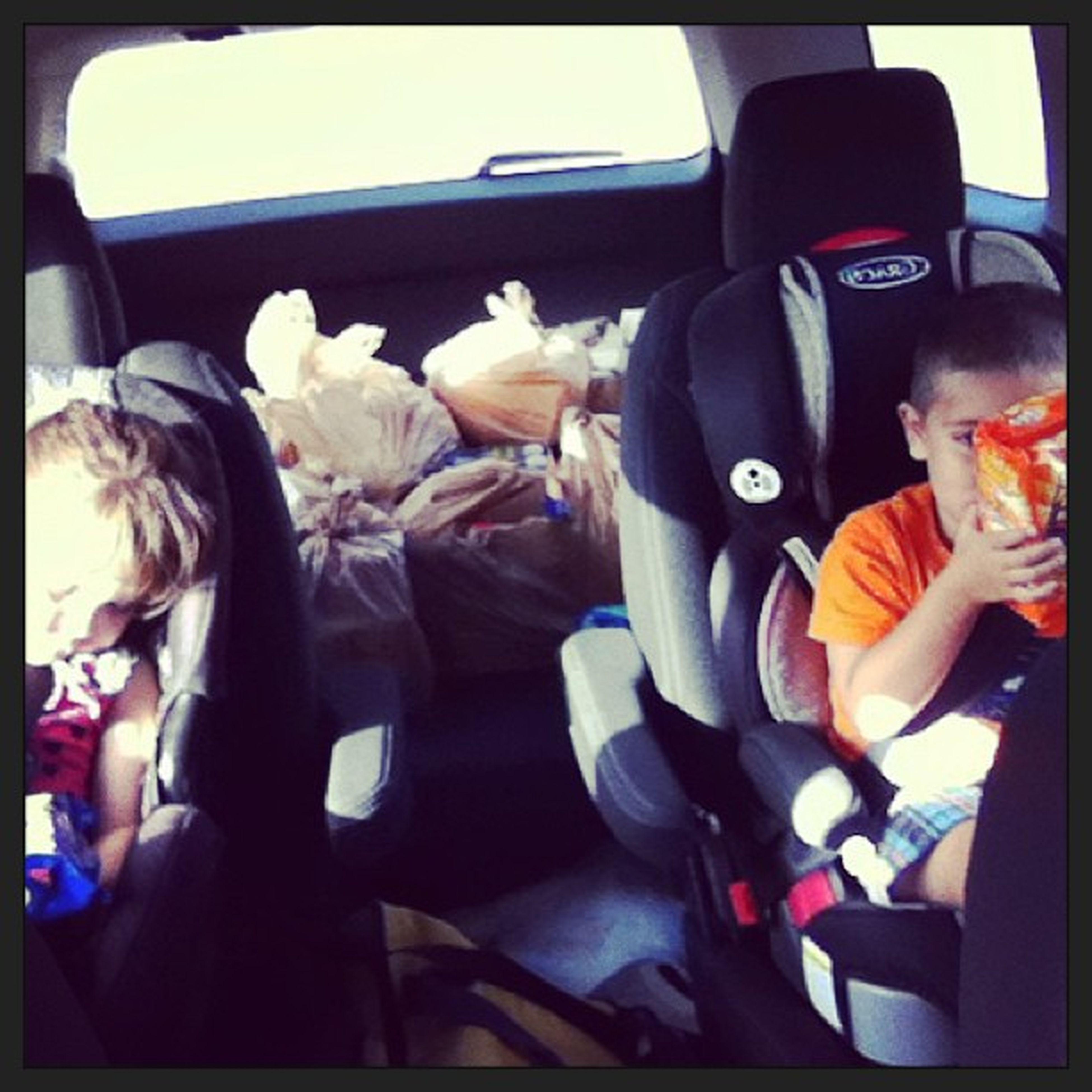 Dad, lee and Dennis are working on the car while me kids and Harmie get groceries. Poor Ellie threw up:/ Commissary Harmie Me Kinds jazzyfreshsoraelliekeenersinstagramgroceryshoppingsaturdaysickbabygoldfish