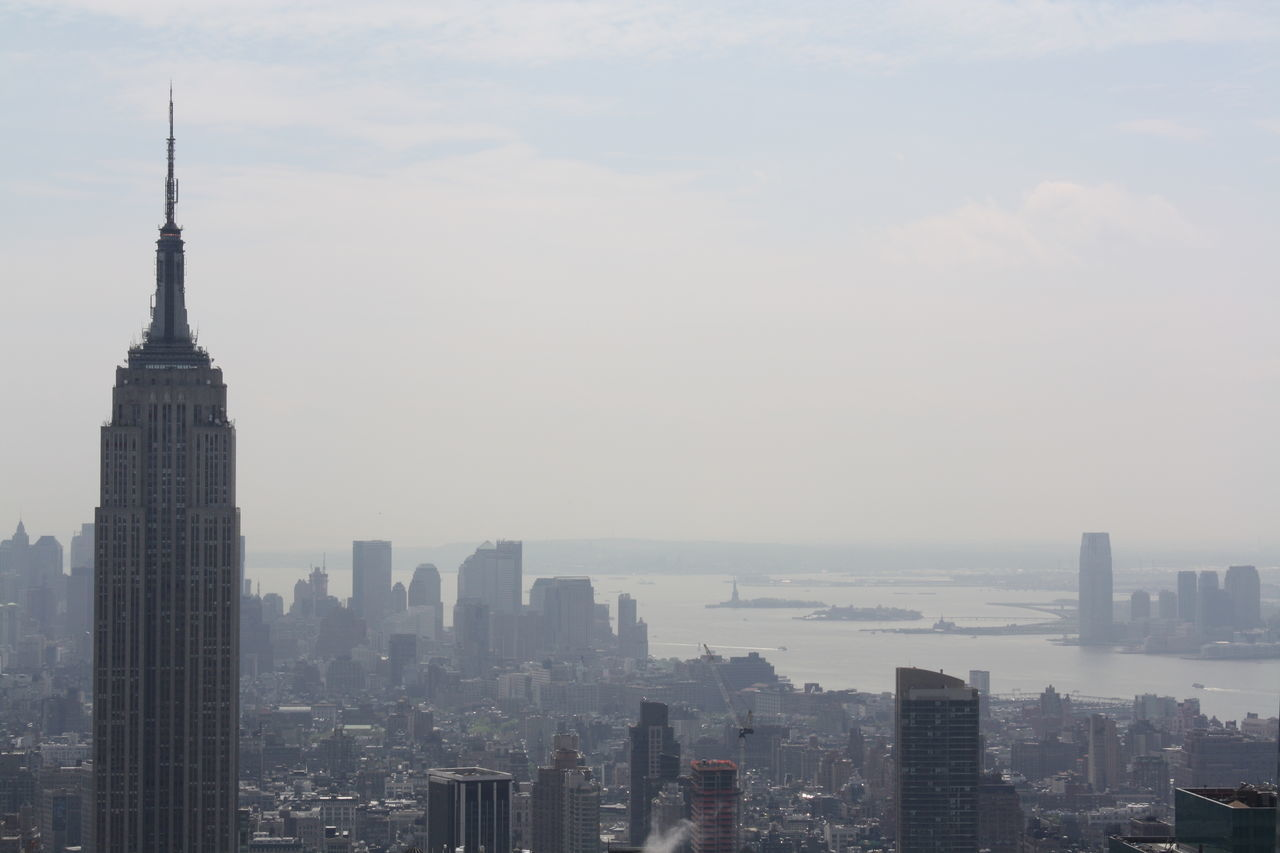 Beautiful stock photos of gebäude, City, Cityscape, Dynamic, Empire State Building