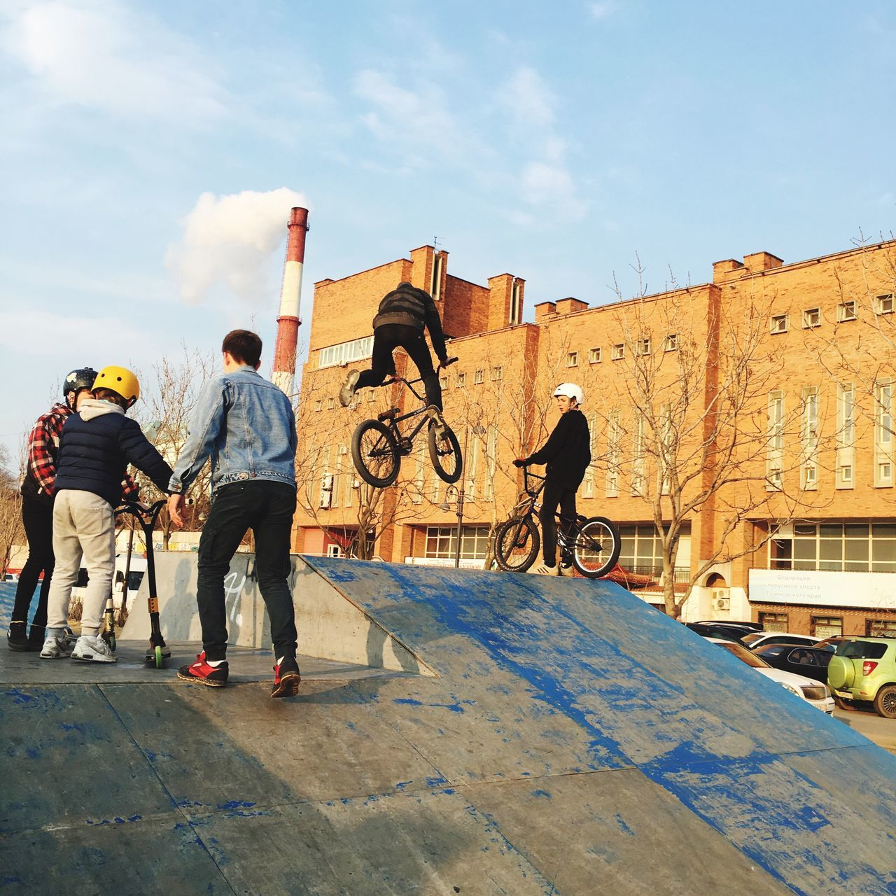 Good Skill Real People Lifestyles Outdoors Sports Photography In The Air Bikers