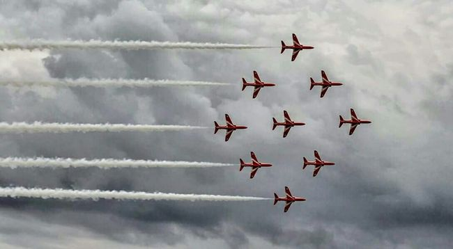 Red Arrows Hanging Out Taking Photos Eyem Best Shots Eyem Gallery Eye4photography  Cloud_collection