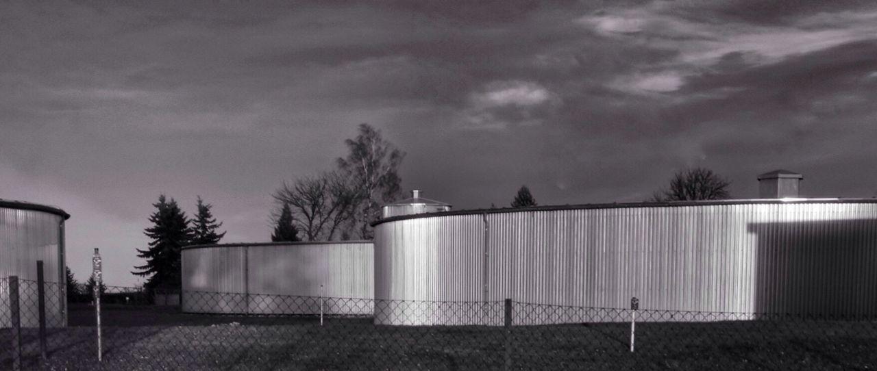 Architecture Watertank Watertower Water Management Infrastructure Corrugated Iron