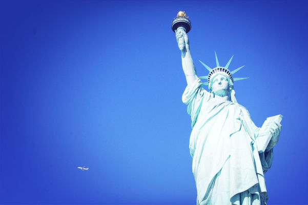 Statue of Liberty by sneeuw_y