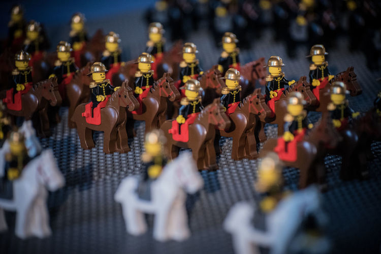 Army Guard Helmet Horse Horserider Horseriding In A Row In Order Parade Republican Gard Riding Soldier Toy Toys Uniform Figurine  Tilt-shift