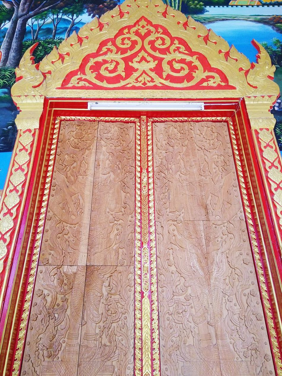 Religion Pattern Low Angle View Indoors  Built Structure Architecture Place Of Worship Chiang Mai Colorful Art And Craft Sculpture Travel Destinations Backgrounds Wood Door carved Line Thai