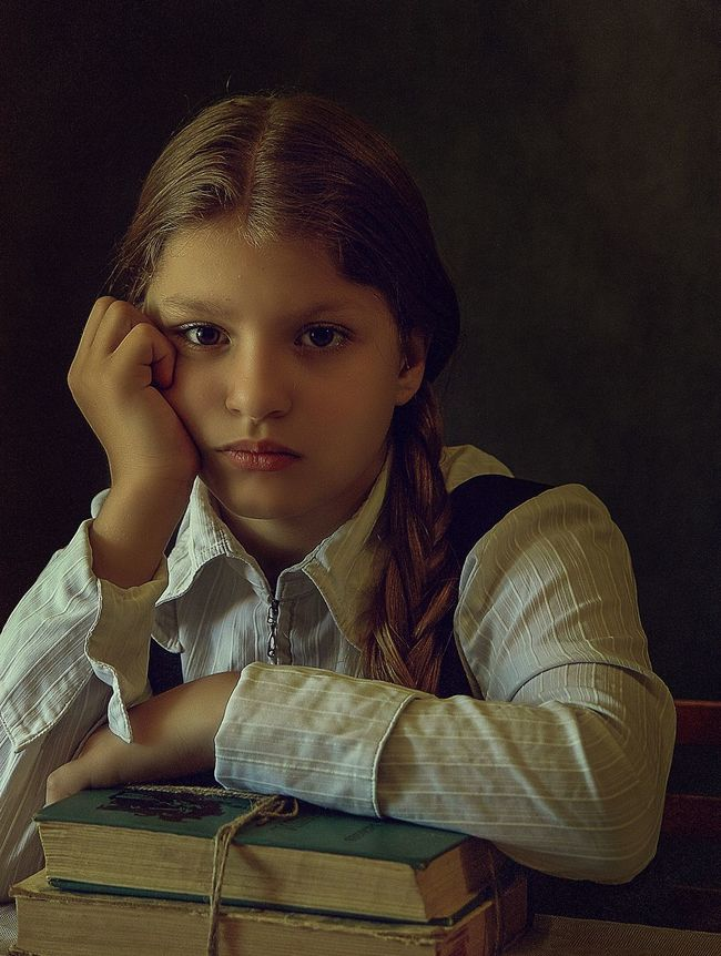Russia Long Hair EyeEm Best Shots Selective Focus Portrait Photography Portraits Canon Portrait Children Focus On Foreground Tranquility Young Adult Tranquil Scene Face