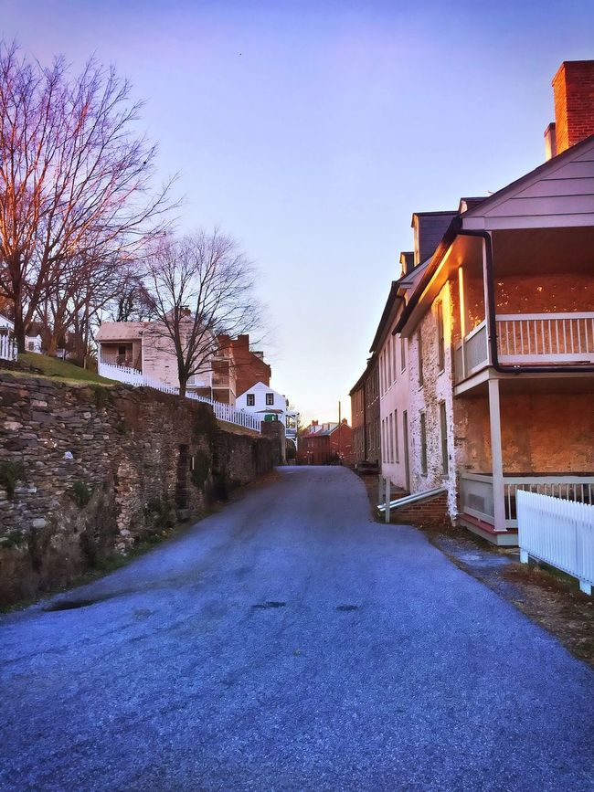 A look down one of the many side streets in historic Harpers Ferry, West Virginia. IPhoneography Harpersferry Harpers Ferry Outdoors Scenic
