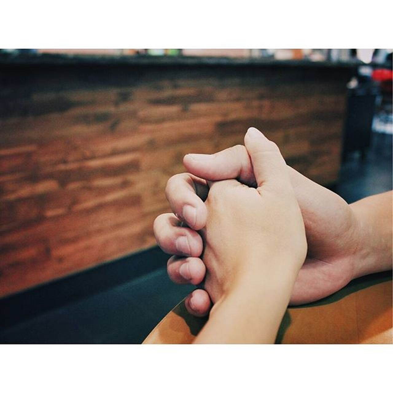The only fingers I want to intertwine with mine are yours. Holdinghands COMFORTZONE Toloveandbeloved Toinfinityandbeyond Love Iwillneverletgo YouandI Vscogrid Vscocam Canon Canon_photos Canonphotography StillLife Stillphotography FriDATE