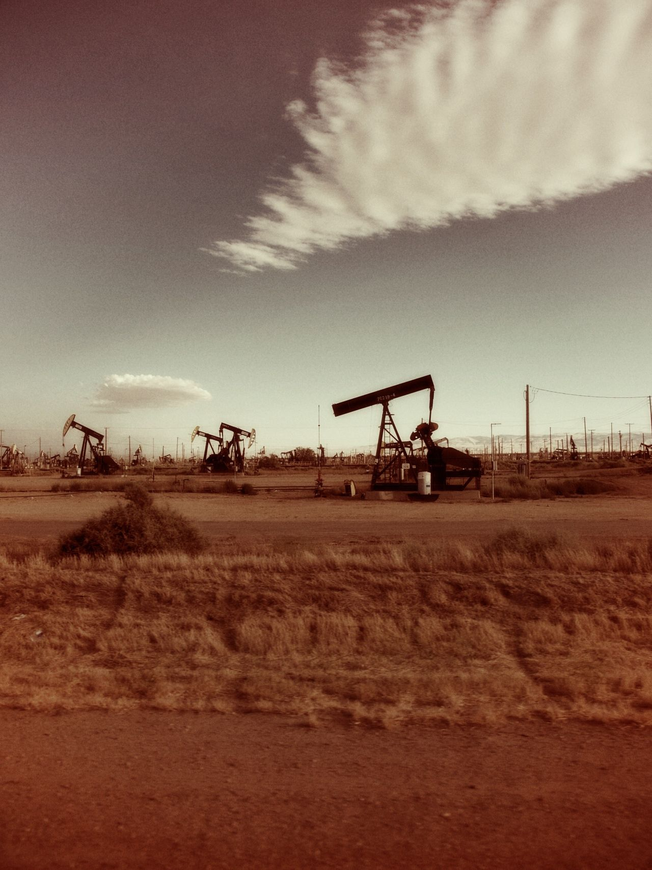 Beautiful stock photos of oil, Cloud - Sky, Crude Oil, Day, Field
