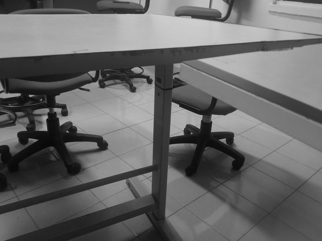 "Thu April 28th, 2016. ""Last sharing session? "" janne guys. Monochrome Blackandwhite Randomshot Onelasttime Friendship Utm Automotive Student Skmv20122016 From My Point Of View"