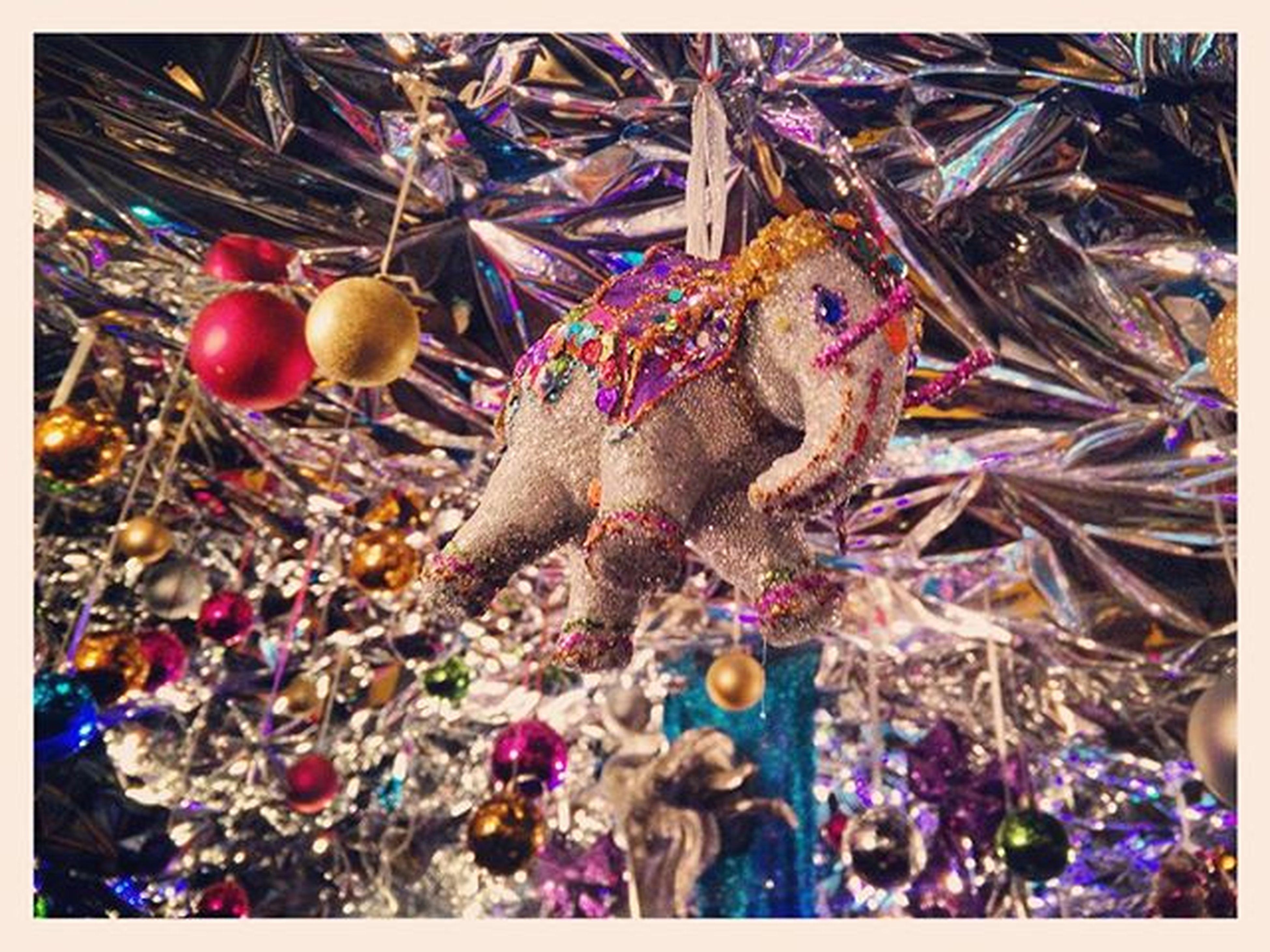 Glühwein auf der Christmasavenue Cologne 😍👌 Gay Gaychristmasmarket Cologne Gaypride Glitter Glitzer Elephant Gaychristmas Koelnergram Igers IGDaily POTD Ig_cologne Glühwein Germany Pride Xmas Weihnachten Weihnachtsmarkt