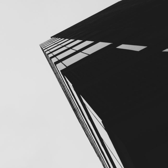 B...lack Architecture IPhoneography Youmobile Architecturelovers VSCO Blackandwhite Mobilephotography Shootermag