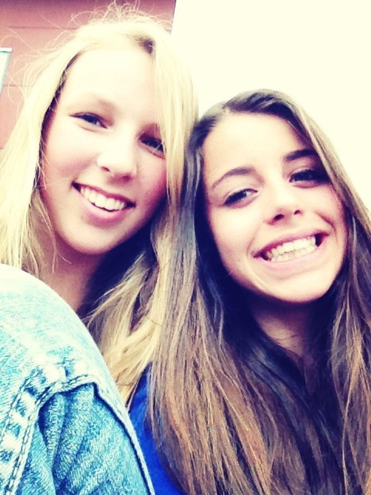 Mariloux<3 Smile