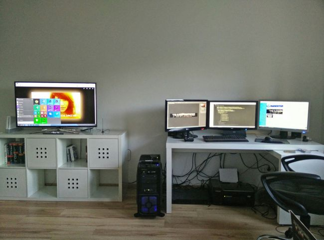 Home new Workplace 3D Monitors Windows 10 Adobe CC Sublime Text 3 Love My Work IT Software Development Home Office