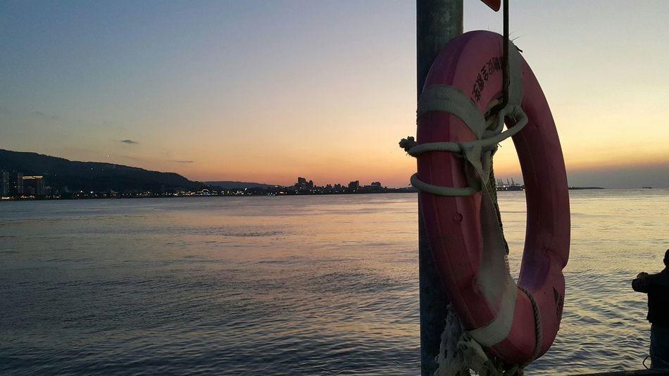 Traveling Citylife Taipei Taiwan Beautiful Sunset NoEditNoFilter Tamsui Tamsui River Ilovethiscity