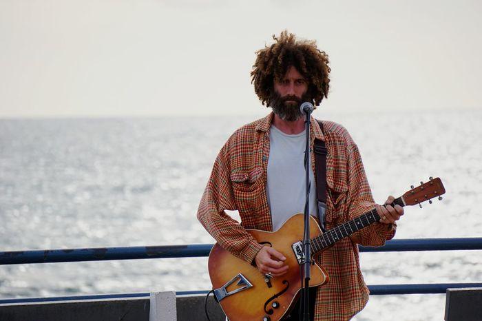 Busker at end of Santa Monica Peir Sony A6000 Sony Prime Primelens Dof Portrait Ocean Guitar Lespaul Live Live Music Santa Monica California La First Eyeem Photo