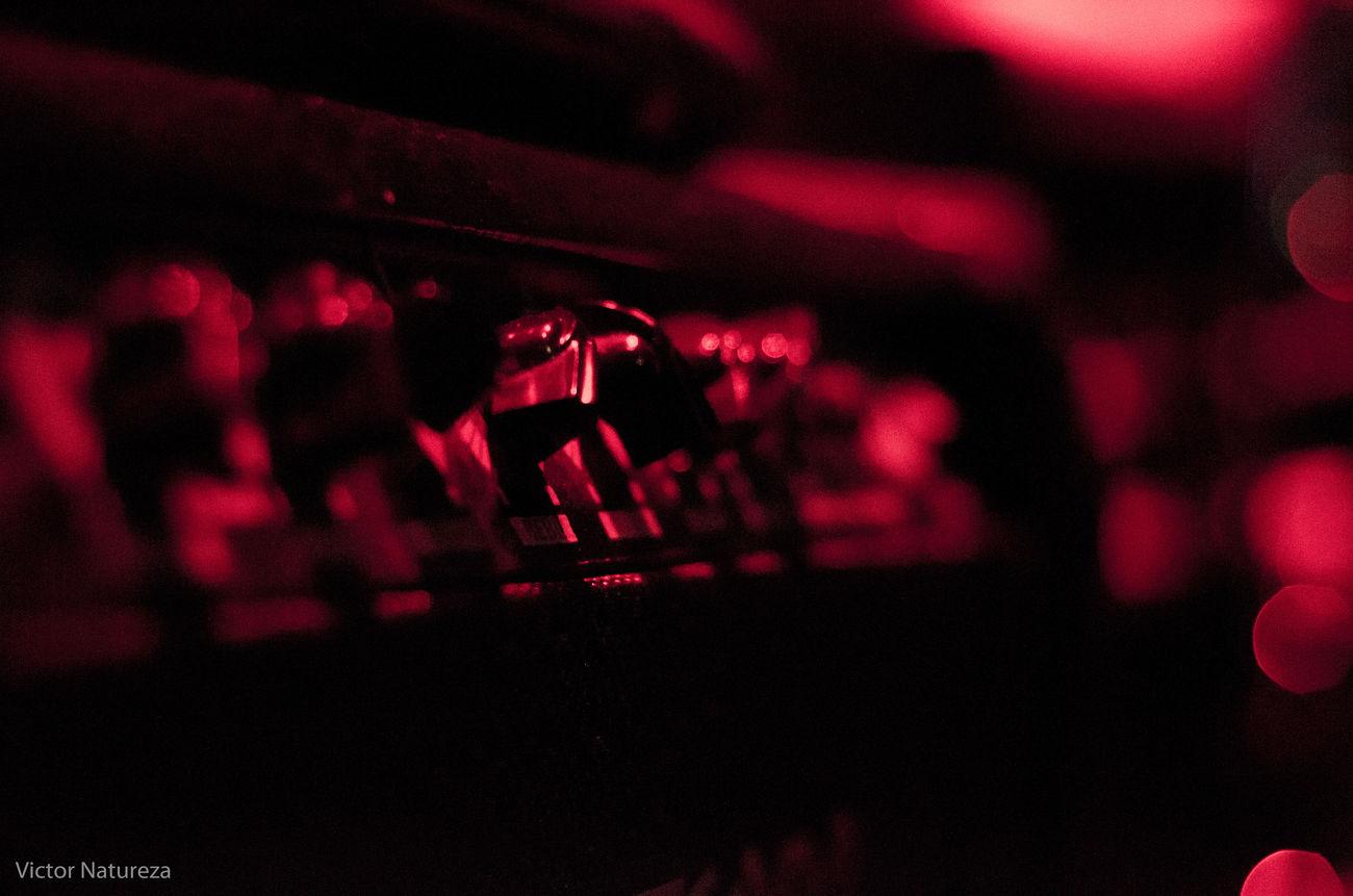 Red Desfoque Foco Olharnatural Vitaonatureza Victornatureza Sombra Show Luz Red Music Rock Music Musica Amprificador
