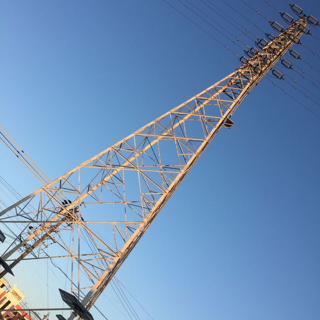 鉄塔 Steel Tower  Pylon 電線 Electric Wire 空 Sky 青空 Blue Sky