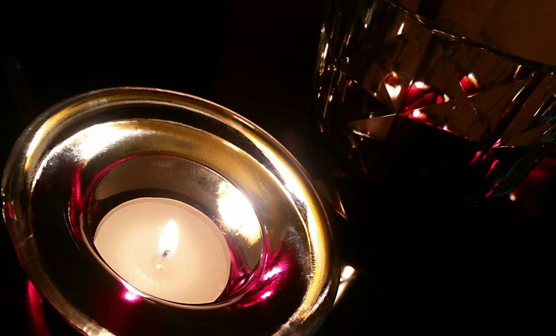 GN...👋... Cheers peeps 💫🍷🔥💫 stay warm! Red Wine Cheers Candlelight Romantic Vacation Beauty In The Darkness Enjoying Life The Purist (no Edit, No Filter)!!! Private Property Shiny Showcase: January Feeling Blessed Feeling Free For You!