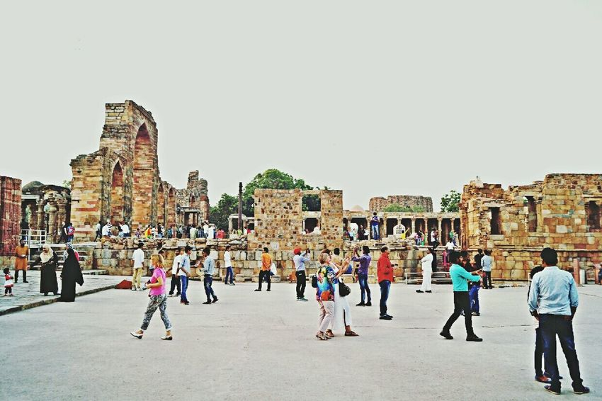 QutubMinar Hanging Out Check This Out Hello World Enjoying Life Life Is Beautiful People People Photography India meanwhile at qutub minar .. People busy with selfies and their phone rather than admiring the famous iron pillar!